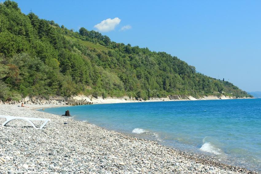 http://piligrim.com.ru/media/image/Abkhazia/Gagra_Pliazh.JPG