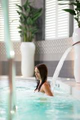 Hedon Spa Hotel 4* - Hedon spa bathing area